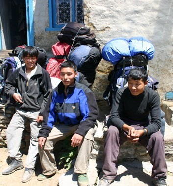 Porters rights in Nepal
