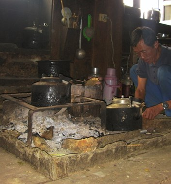 Moving Mountains Nepal Eco-Friendly Cooking Stoves, Bumburi